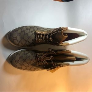 0b94ac69c00 Timberland Work Boots With Gucci Print NEW 12 NWT